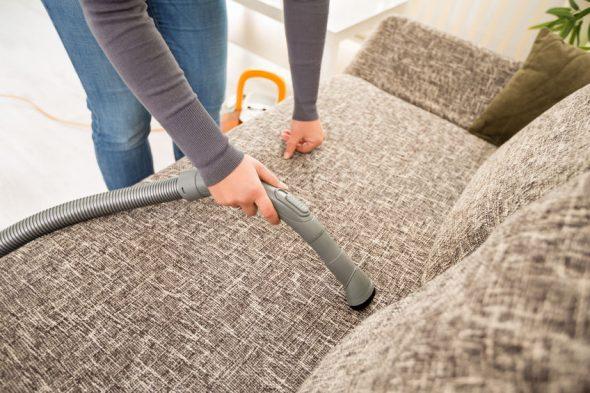 Чистка дивана в домашних условиях-изображения