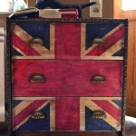Декор комода в английском стиле