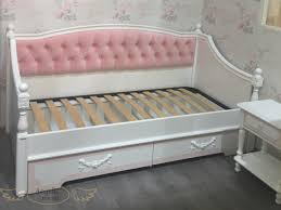 Диван-кровать прямой с двумя ящиками или спальным местом