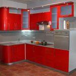 угловая кухня красная
