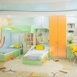 Дизайн детской комнаты для двоих детей с рабочей зоной