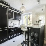 Дизайн однокомнатной квартиры с объединением маленькой кухни и гостиной - зона кухни