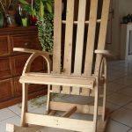 кресло качалка светлое