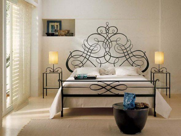 Кровать – главный атрибут прованской спальни