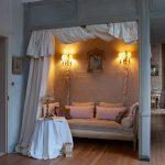 Кровати в нишах устанавливаются в случае если Вы хотите сэкономить место комнаты
