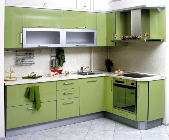 Маленькая угловая оливковая кухня