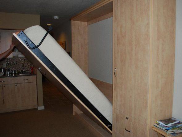 Подъёмная шкаф кровать