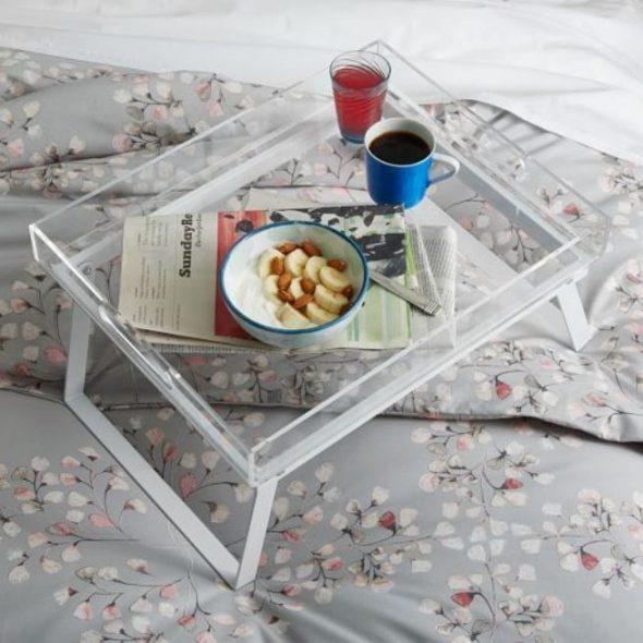 столик для завтрака стеклянный