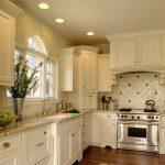Угловые кухонные гарнитуры фото