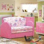 Выбираем диван для детской