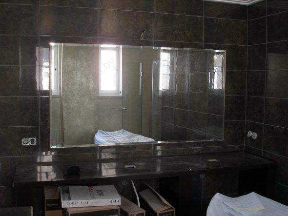 Зеркало в ванную с фацетом 10 мм