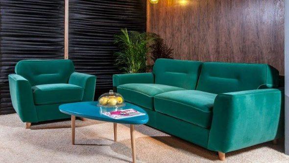 изумрудная обивка дивана