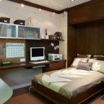 кровать в шкафу в интерьере спальни