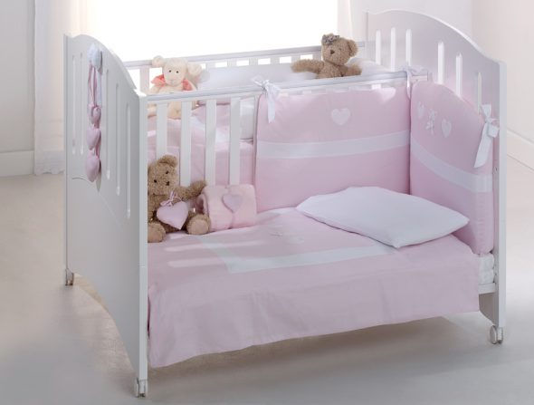 кроватки для двойни девочек