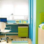 необходимо позаботиться о рабочем месте для ребенка
