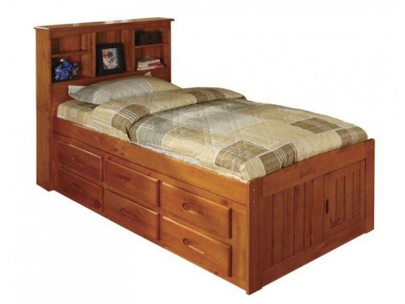 односпальная детская кровать с выдвижными ящиками