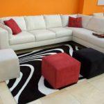угловой диван белый
