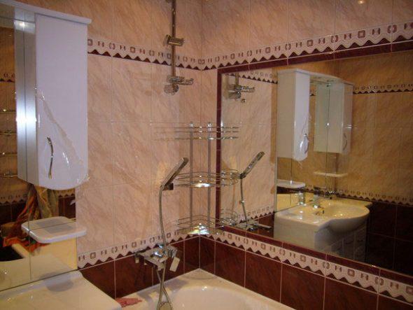 закрепить большое зеркало на стене