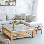 деревянный столик со стеклом