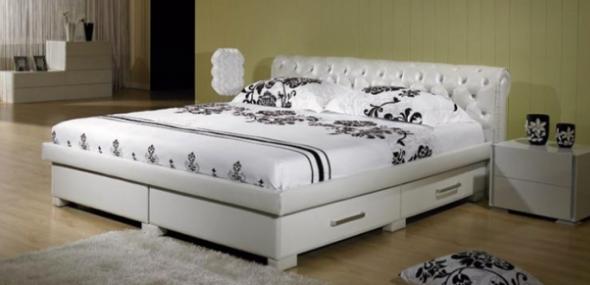 Двуспальная кровать с выдвижными ящиками – эффективное использование пространства в спальне
