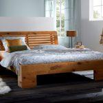 Кровать из массива дуба Cova