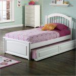 Подростковая кровать для девочки белая