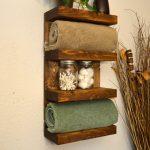 Полка для ванной комнаты деревянная