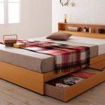 Удобная кровать Оскар с ящиками и полочкой