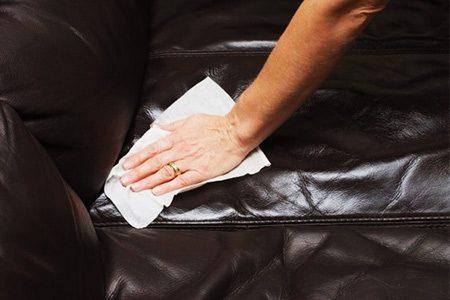 Уход за обивкой из мебельной кожи