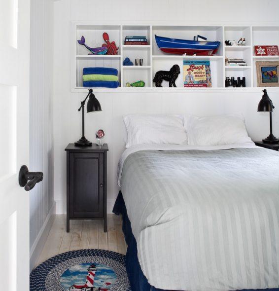 полки белые в спальне