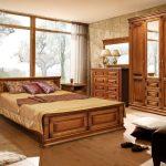 набор мебели для спальни из массива
