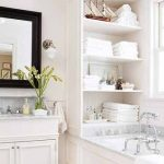 практичние полочки в ванную