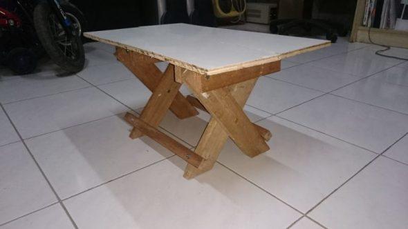дачный стол самодельный