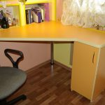 сделать письменный стол для школьника