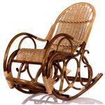 Благодаря плетеной структуре,кресло удобное