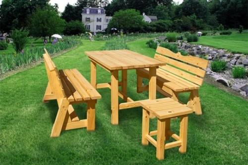 Деревянная мебель для дачи