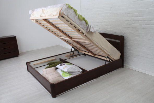Кровать с подъемным механизмом-фотография