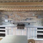 Кухня из поддонов