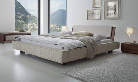 Особой благородностью будет отличаться кровать классика