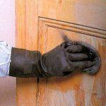 Реставрация деревянной мебели своими руками - удаление старого покрытия