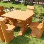 Столики скульптуры из дерева-садовая мебель