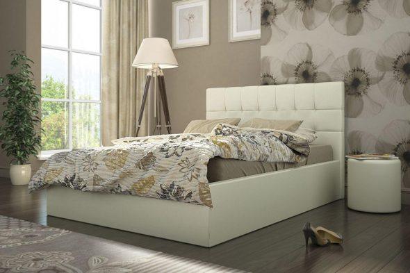 Двухспальная кровать с мягкой спинкой молочного цвета