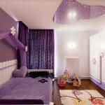 Комната с цветным оформлением для подростка