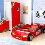 Красивая и яркая машина- мечта вашего сына
