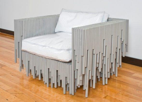 кресло из необычных материалов