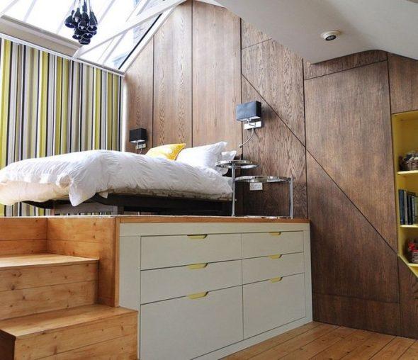 Кровать на высоком подиуме