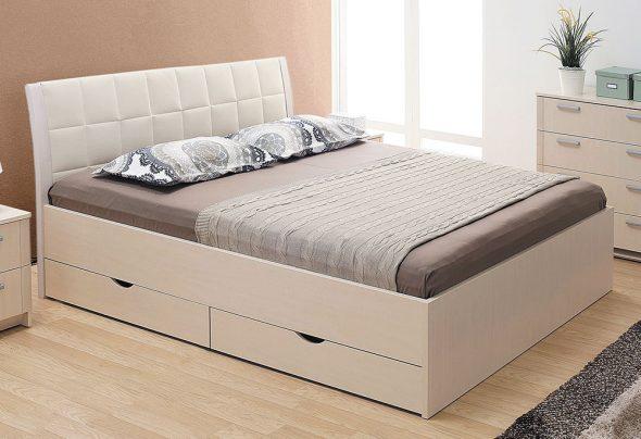 Кровать с мягким изголовьем и ящиками