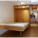 Мебель для маленькой комнаты с кроватью, встроенной в шкаф