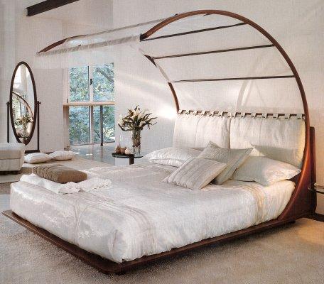 необичная форма кровати