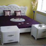 Очень красивая и нежная кровать с мягким изголовьем